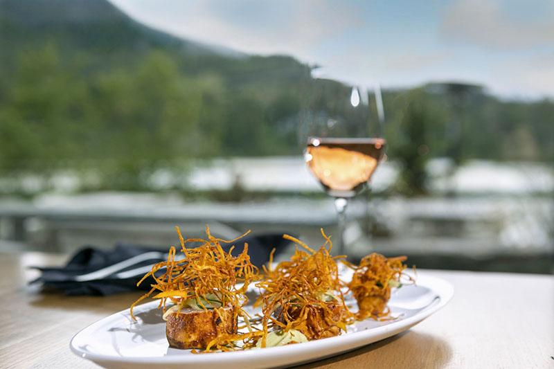 whistler dining grill & vine